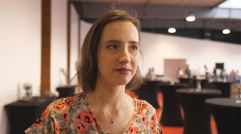 Eva Knirschová, Zakladatelka Reshoperu