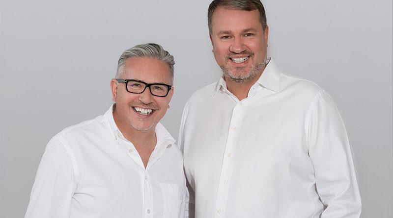 Derek Cummins a Jan Moravec - petexpert - pojištění