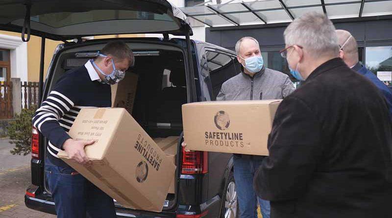 Některé nemocnice získaly od Ministerstva zahraničí respirátory FFP3