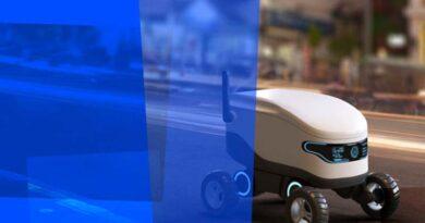 Accenture robot - trendy